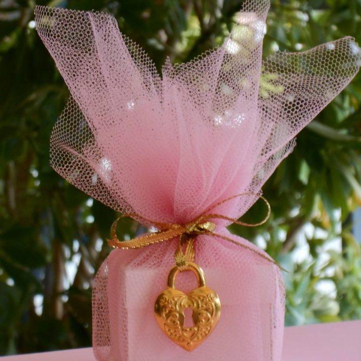 Μπομπονιέρα γάμου - ΚΩΔ.: BG090 | μπομπονιέρες γάμου από heartsunionart.gr