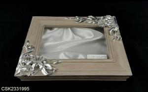 Στεφανοθήκες: SF013 - 45€